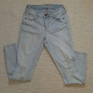 Old Navy Rockstar lightwash midrise jeans size 2